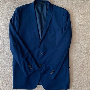Reaction Kenneth Cole 2 Piece Suit